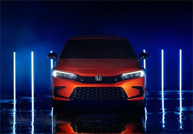 Head-on view of a 2022 Honda Civic
